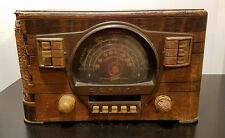 1940 ZENITH Wooden Tabletop TUBE RADIO Model 7-S-529 SW AM -- For restoration --