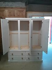 HAND MADE DEWSBURY FURNITURE 4 DRAWER TRIPLE WARDROBE WHITE (ASSEMBLED)