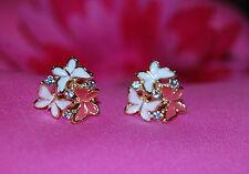 Rosa E Bianco Farfalla Clip Orecchini con cristalli chiari nell' impostazione dell' oro