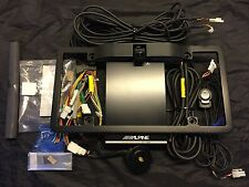 Alpine HCE-C300R Active View Rear Camera System & KTX-C10LP License Plate Frame