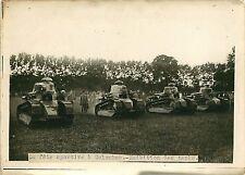 PHOTO PRESSE Branger 180715 - Guerre COLOMBES fête exhibition des tanks