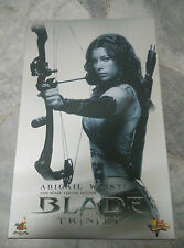 Hot Toys BLADE TRINITY MMS128 Abigail Whistler 1/6 NEW MINT in BOX CHEAPEST