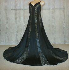 """VINTAGE OLGA 156"""" SWEEP LACY NYLON NIGHTGOWN---BUST TO 36"""""""