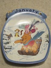 """COLLETIBLES DISNEY WINNIE THE POOH THE WHOLE YEAR THROUGH""""JANUARY""""PLATE BRADFORD"""