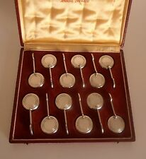 French Art Deco Rare Ensemble 12 Knife Rests – St Médard – Tableware