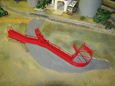 1/64 Custom Scratch-Cast Cattle Corral Crowd Tub with Alley - Red
