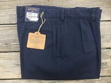 BRAND NEW - Bills Khakis Navy M2 Pleated Front - Size 32 - MSRP $165