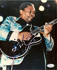 Signed BB KING Color 8x10 IN PERSON JSA CERTIFICATION #I30539