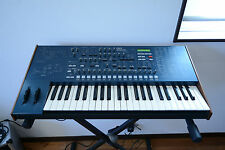 KORG MS2000 Virtual Analog Modeling Synthesizer w/ original bag, power supply