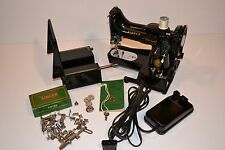 Singer Featherweight Free Arm M# 222K - REDUCED PRICE !!!!!!!!