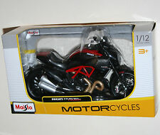 Maisto - DUCATI DIAVEL CARBON - Motorcycle Model Scale 1:12