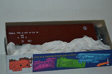 Roundhouse 2132 Great Northern 50' Auto End Box Car Ho Scale Kit
