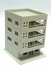 Outland Models Railway Modern 4-Story Office Building Unpainted N Scale 1:160