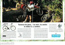PUBLICITE ADVERTISING 125  1996  les vélos vtt Décathlon (2p) Rockrider