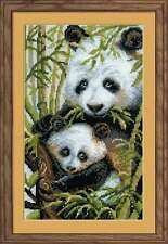 "Stickpackung Stickbild "" Panda mit jungtier "" 22x38 cm Kreuzstich, RIOLIS 1159"