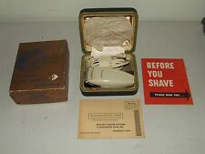 Vintage 1945 REMINGTON Unused NOS Model 70S Dual Electric Razor w/Original Box