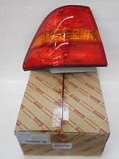 LEXUS OEM FACTORY DRIVERS REAR OUTER TAIL LAMP LENS 2001-2003 LS430 81561-50100
