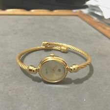 *GUCCI* 2700-L 18K YGP BANGLE ROPE STY. MOP DIAL LDS SWISS WATCH *MINT*!!
