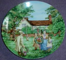 Wedgwood Collectors Plate MAY DAY - THE VILLAGE GREEN