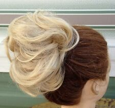 Medium blonde fake pony tail bun elastic hair piece extension scrunchie