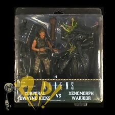 "Aliens HICKS vs Battle-Damaged XENOMORPH Warrior 7"" Scale NECA 2-Pack BLUE Set!"
