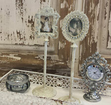 Set De 2 Crema Mini Portaretrato En Un Stand Vintage Chic French Country Antiguo
