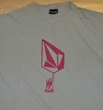 VOLCOM / SK8 SKATEBOARD RIDE / CALIFORNIA USA / LIGHT BLUE ADULT T-SHIRT SIZE M