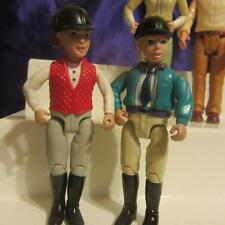 2 ENGLISH RIDERS, CRICKET OR POLO PLAYERS MATTEL 2001  DOLL HOUSE DOLLS