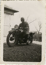 PHOTO ANCIENNE - VINTAGE SNAPSHOT - MOTOCYCLETTE MOTO MOTARD - MOTORCYCLE