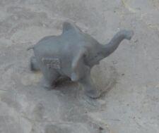 Figurine des années 1970, collection La Roche aux Fées, l'éléphanteau