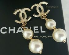 2016 CHANEL Double Pearl Drop Gold CC 2 Pearls Dangle Authentic Earrings NWT