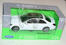 Welly - MERCEDES-BENZ S-CLASS (White) Die Cast Model - Scale 1:24