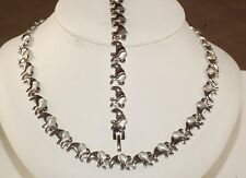X & O Necklace & Bracelet Set For Ladies Elephant style white  color