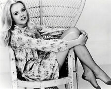 HAYLEY MILLS 8X10 PHOTO SETAED IN WICKER CHAIR