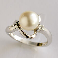 SOUTH SEA PEARL RING. 8.7mm PEARL + BRIGHT DIAMOND ON 14K WHITE GOLD. SIZE M1/2.
