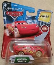 Disney Pixar Cars CHASE • #131 Paint Mask Lightning McQueen • Lenticular Eyes