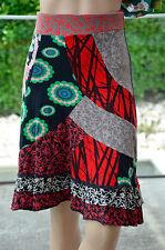 DESIGUAL - Très jolie jupe noir et rouge - Taille XS - EXCELLENT ÉTAT