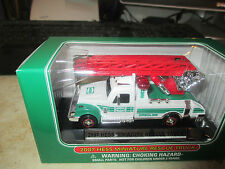 HESS TOY COLLECTIBLE 2007 HESS MINIATURE RESCUE TRUCK