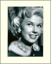 DORIS DAY HOLLYWOOD SILVER SCREEN LEGEND PP 8x10 MOUNTED SIGNED AUTOGRAPH PHOTO