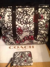 Coach 16914 Daisy Graffiti Floral Red Poppy Black Bag Tote+45002 Wristlet Wallet