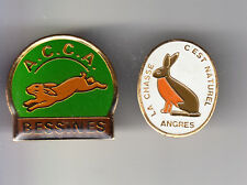 2 RARE PINS PIN'S .. SPORT CHASSE HUNTING LAPIN  RABBIT ACCA BESSINES ANGRES ~B2
