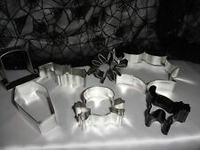 Spooky Halloween Skull and Bones, Spider Web, Spider, Black Cat cookie cutters