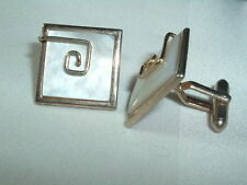 VINTAGE SWANK MOTHER OF PEARL & GOLD TONE SQUARE CUFF LINKS