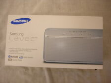 NUOVO SIGILLATO SAMSUNG livello Box Mini Altoparlante Audio Bluetooth iPhone Sony Silver