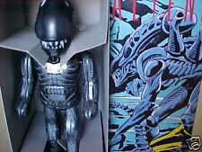 "MINT TIN BILLIKEN WIND-UP 9"" ALIEN FROM VS PREDATOR SET"