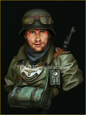 Young Miniatures German WW2 Feldgendarmerie YM1819 1/10th Bust Unpainted kit