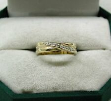 9ct Gold And Diamond Cross Over Design Ring