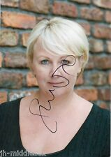 Sue Cleaver Autograph - Coronation St -Signed 12x8 Photo - Handsigned - AFTAL
