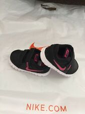 Nike flex experien filles baskets Uk5.5 Eur22 noir & rose