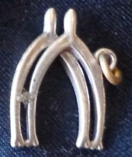 Vintage Sterling Silver Bracelet Charm Lucky Double Wishbone .6 Gram